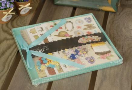 Фотоальбом с набором для скрапбукинга Каникулы Color Kit