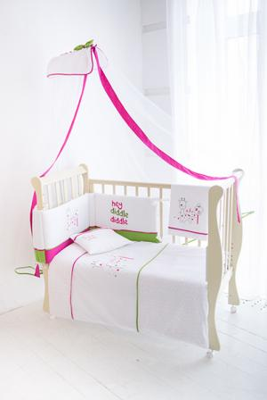 Комплект в кроватку  Giraffe (7 предметов) Baby Star