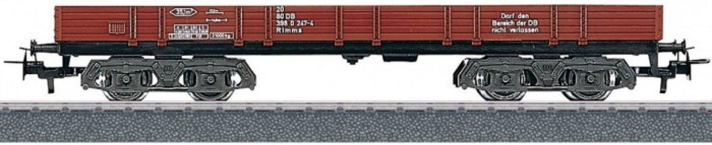 Низкий грузовой вагон-платформа с бортами Marklin