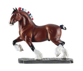 Лошадь клейдесдальской породы Breyer