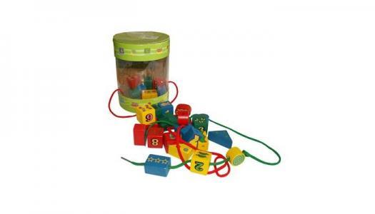 Деревянная игрушка  Шнуровка-бусы Цветные Фигуры QiQu Wooden Toy Factory