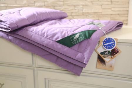 Одеяло  легкое Flaum Farbe Kollektion 200х150 см Anna